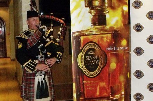 Seven Islands Vintage Parliament Drinks Reception
